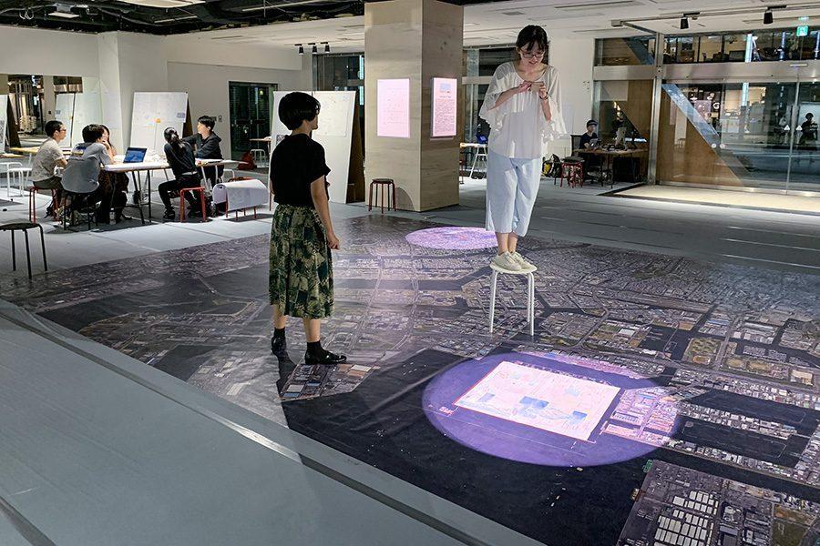 各チームは新たな平面図(縮尺1:1500)と、その平面図を説明する提案のストーリーを 毎日一案更新していく。